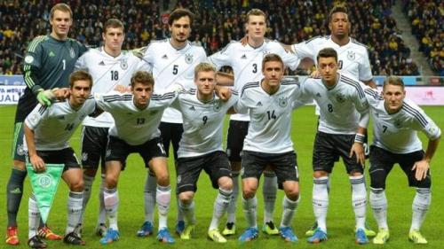 coupe du monde 2014 l allemagne sort une premi re liste de 30 joueurs le honduras a sa liste de 23. Black Bedroom Furniture Sets. Home Design Ideas